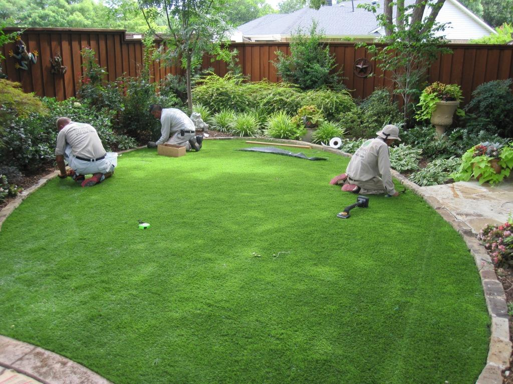 How to Lay Fake GrassFake Grass - Artificial Grass on Turf Patio Ideas id=58840